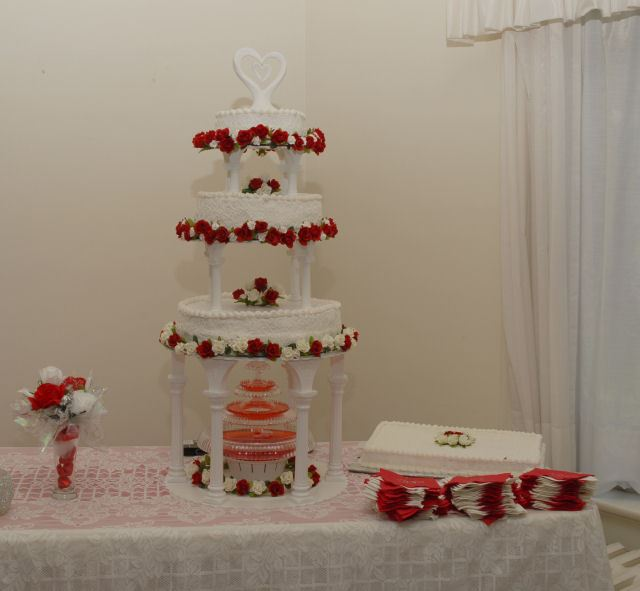 Wedding Cake Set Up
